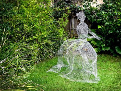 chickenwire ghost how to make chicken wire ghosts ehow