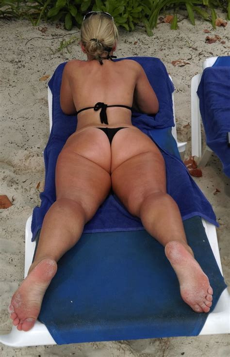 SEXY PAWG MILF Shared By Katimiksch Pics XHamster