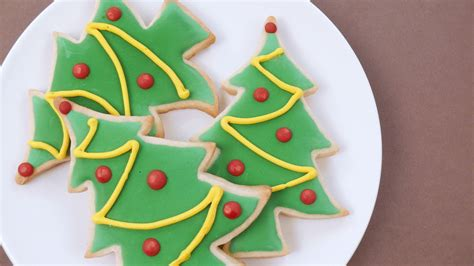 Decorating Christmas Tree Cookies  Happy Holidays