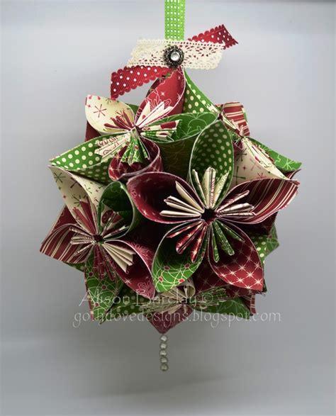 decorate  christmas tree  beautiful diy paper
