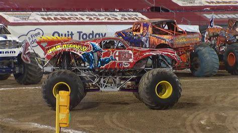 monster truck show jacksonville monster jam in everbank field jacksonville fl 2013