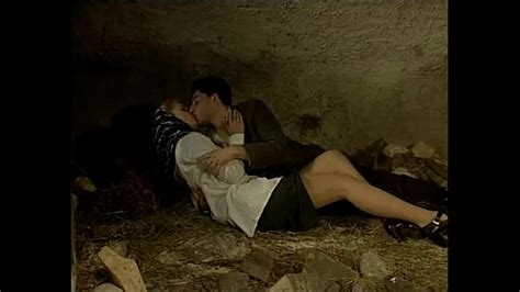 Italian Porn Vintage Sex In A Cave With A Sexy Country Girl Xvideos