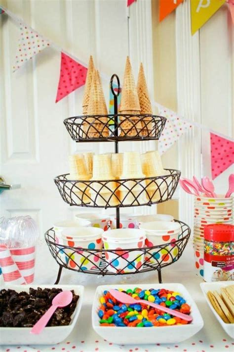 deco table anniversaire 30 ans 25 best ideas about deco table anniversaire adulte on anniversaire de 20 ans 30