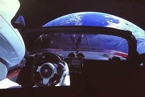 Voiture Tesla Dans L Espace : vid o tesla lance la premi re voiture dans l 39 espace photo 4 l 39 argus ~ Medecine-chirurgie-esthetiques.com Avis de Voitures