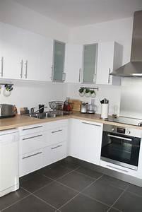 modele cuisine blanche les plus belles cuisines With idee deco cuisine avec modele cuisine grise et blanc