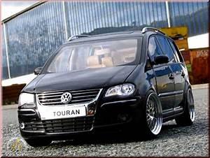 Touran Tuning : volkswagen touran miniature noire jantes alu 18 pouces ~ Gottalentnigeria.com Avis de Voitures