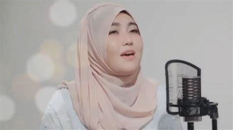 video mp  lagu aisyah istri rasulullah  vallen