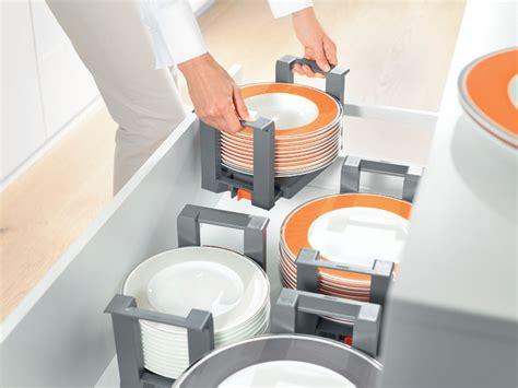 organiseur tiroir cuisine blum orga line plate holder organiseur de tiroir de