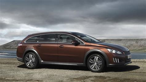 Peugeot Hybrid by 2012 Peugeot 508 Rxh Diesel Hybrid Revealed Ahead Of 2011