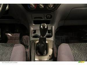 2003 Toyota Rav4 4wd 5 Speed Manual Transmission Photo