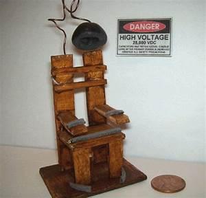 Viktorianisches Haus Kaufen : electric chair dollhouse miniature spooky gothic halloween horror haunted house via ~ Markanthonyermac.com Haus und Dekorationen