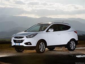 Hyundai Ix35 Dimensions : new hyundai ix35 price specifications and review new car price specification review images ~ Maxctalentgroup.com Avis de Voitures