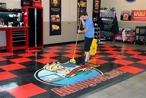 Racedeck Garage Flooring Cleaning by Cleaning Racedeck Tuffshield Tile Floors With