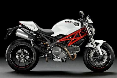 ducati motorcycle top motorcycle wallpapers 2011 ducati monster 796 gallery
