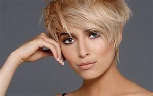 Coupe Mi Courte Femme : coiffures coupes courtes tendances automne hiver 2017 ~ Nature-et-papiers.com Idées de Décoration