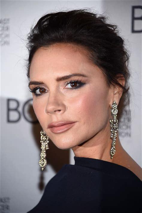 Victoria Beckham Hair Looks   StyleBistro