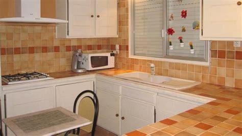 béton ciré plan de travail cuisine sur carrelage transformer intérieur grâce au béton ciré