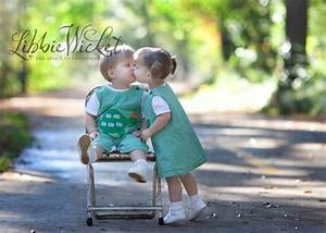 toddler boy and girl twins kissing | wonderful walking ...