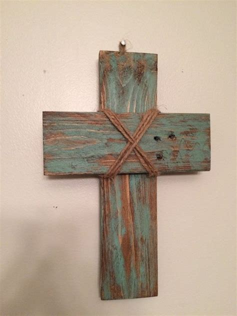 small rustic pallet cross  livingreclaimed  etsy