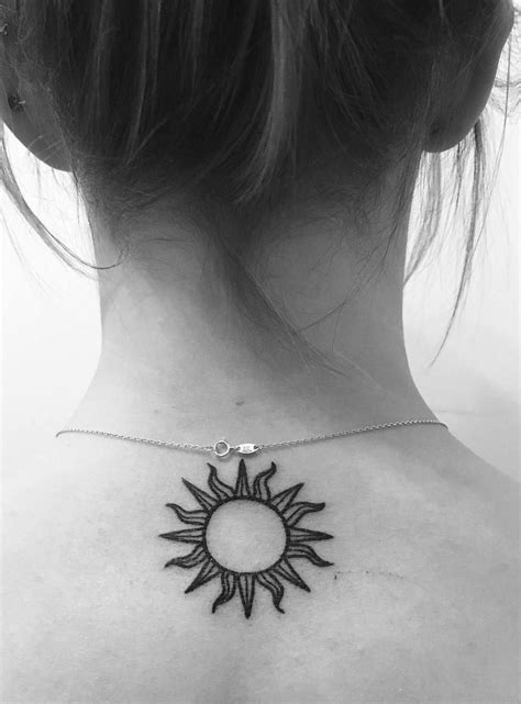 37 Cute and Meaningful Small Tattoo Designs - Page 29 of 77 | Tattoo | Tattoos, Sun tattoos