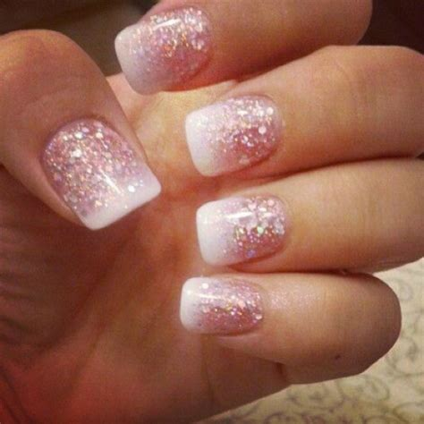glamorous  sequin nail art