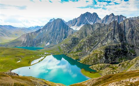 gadsar pass   kashmir lakes trek desktop wallpaper