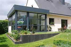 Extension vitrée et veranda avec bandeau aluminium