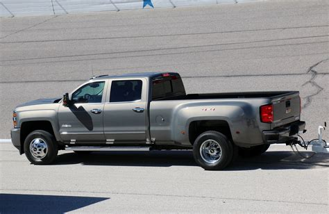 Chevrolet Silverado Hd by Going Flat Out In The 2017 Chevrolet Silverado Hd