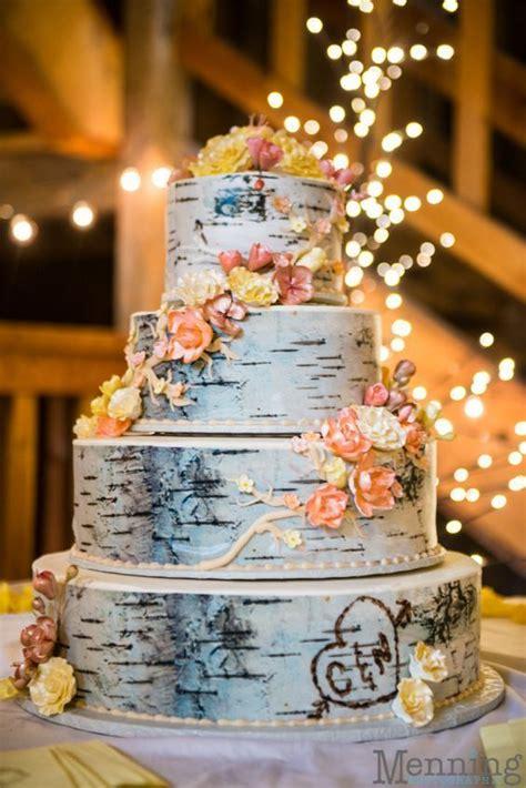 rustic or woodland wedding cake http www deerpearlflowers country rustic wedding ideas