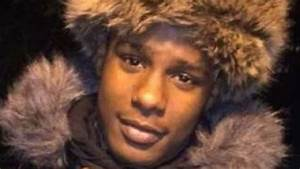 17-year-old boy of Jamaican ancestry shot dead in London ...