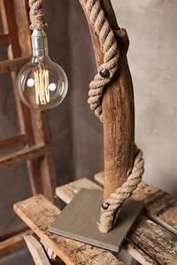 Lustre En Bois Flotté : les 25 meilleures id es de la cat gorie lampe en bois ~ Dailycaller-alerts.com Idées de Décoration