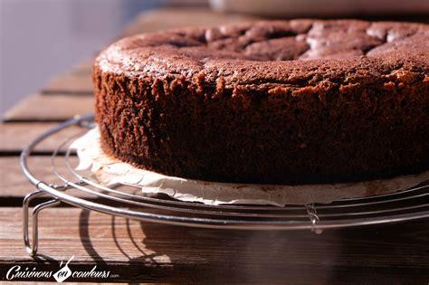hervé cuisine cake chocolat gâteau au chocolat à tomber sans beurre et sans sucre cuisinons en couleurs