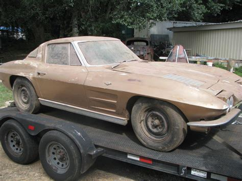 barn find  corvette split window coupe stored