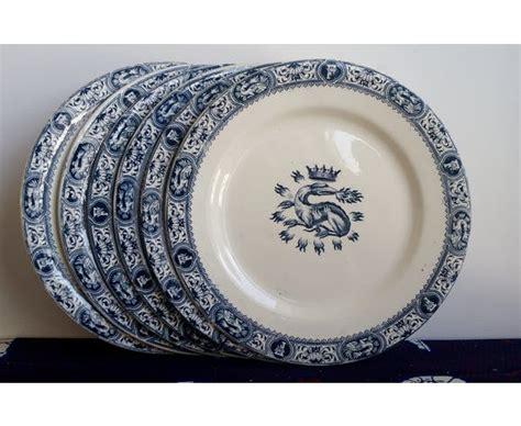 panier pour 騅ier cuisine six assiettes plates salins terre de fer modèle françois ier céramique