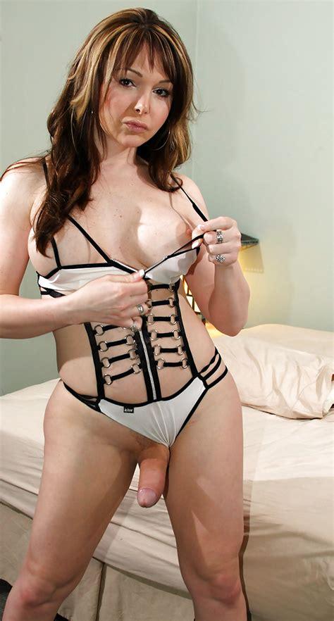 Danielle Foxxx Photo 7
