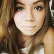 Jennette McCurdy Instagram Selfie - The Hollywood Gossip