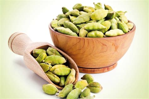 cardamom spice 10 amazing home remedies using cardamom complete wellbeing