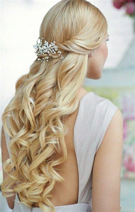 brautfrisuren lange haare romantische locken