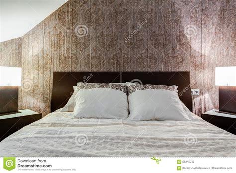 id馥 tapisserie chambre adulte tapisserie chambre coucher adulte papier peint pour chambre a coucher adulte lit sur plateforme avec tte de with papier peint pour