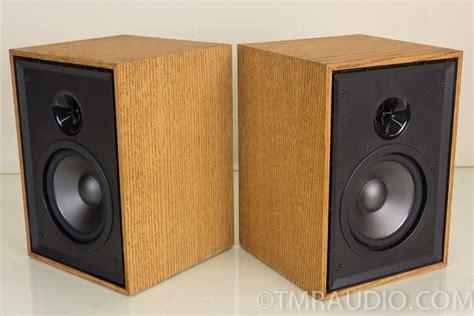 klipsch bookshelf speakers klipsch kg 1 2 compact bookshelf speakers oak finish
