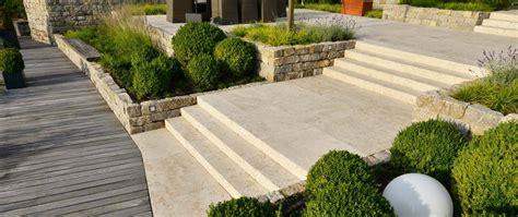 blockstufen beton anthrazit preise naturstein blockstufen f 252 r garten u a anthrazit alle ma 223 e top preise