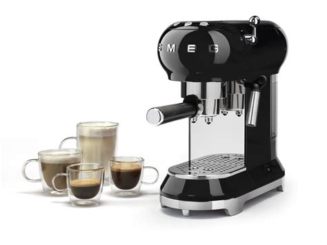 Smeg's manual machine is as much an educational tool as it is a means to get your quality morning roast without leaving the. SMEG 50'S STYLE ESPRESSO MACHINE - BLACK - Warden Brothers