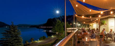 hood river oregon western hotel inn moon