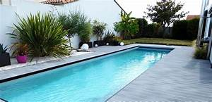 5 conseils pour une plage de piscine melant esprit bord de With amenagement tour de piscine 10 terrasse pavee ou carrelage nos conseils