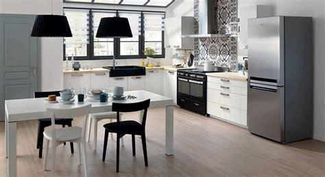 hotte cuisine pro cuisines le blanc prend des couleurs leroy merlin ikéa mobalpa