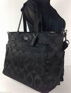 Baby Outlet Nrw : nwt coach black signature nylon baby diaper bag tote changing pad f77577 new baby pinterest ~ Watch28wear.com Haus und Dekorationen