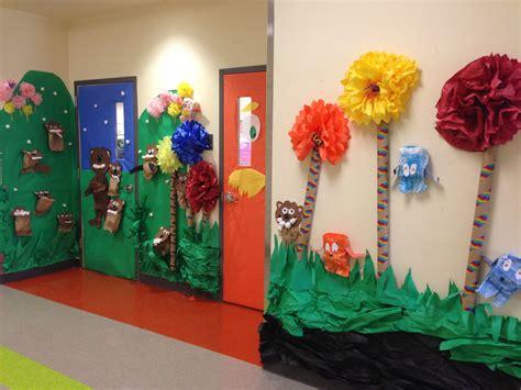 Dr Suess Decorations - dr seuss door decorating contest pizza here we