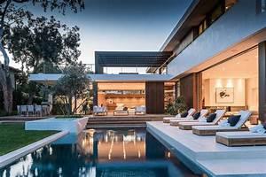 18, Dazzling, Modern, Swimming, Pool, Designs