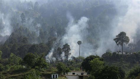 Pak army says India destroying Pakistani posts along LoC ...