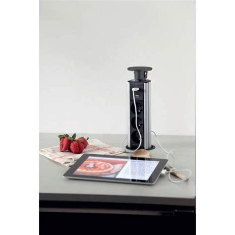 prise encastrable plan de travail cuisine prise électrique encastrable pour plan de travail ou